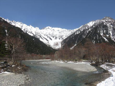 4月の穂高連峰