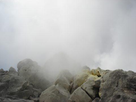 焼岳噴気孔