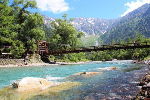 上高地の梓川と河童橋